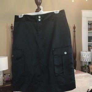 Tommy Hilfiger silky cargo skirt.